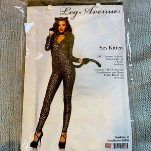 Sexy Kitten costume gold and black